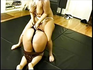 Blonde on Blonde Roomate Catfight
